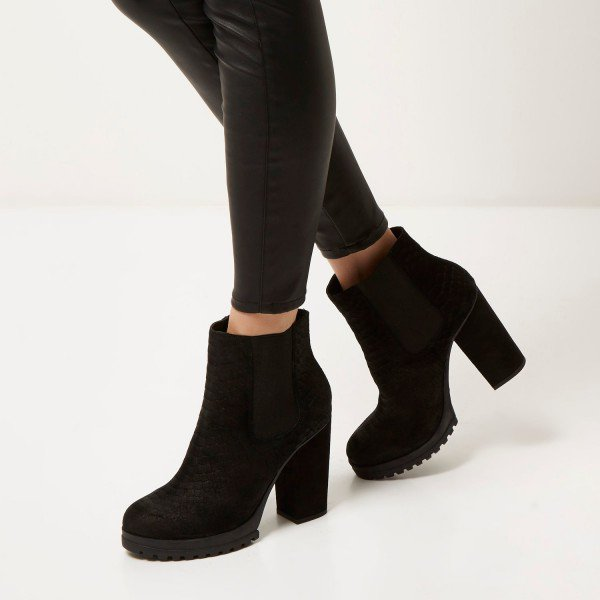black_chelsea_boots_suede_round_toe_chunky_heels_ankle_platform_boots