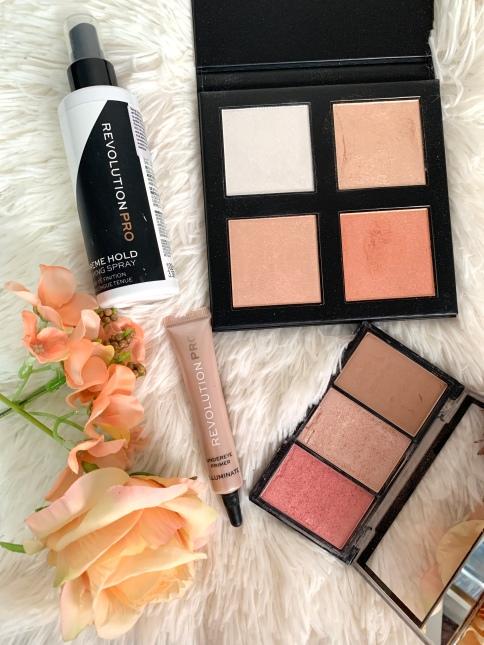 iluminator makeup revolution